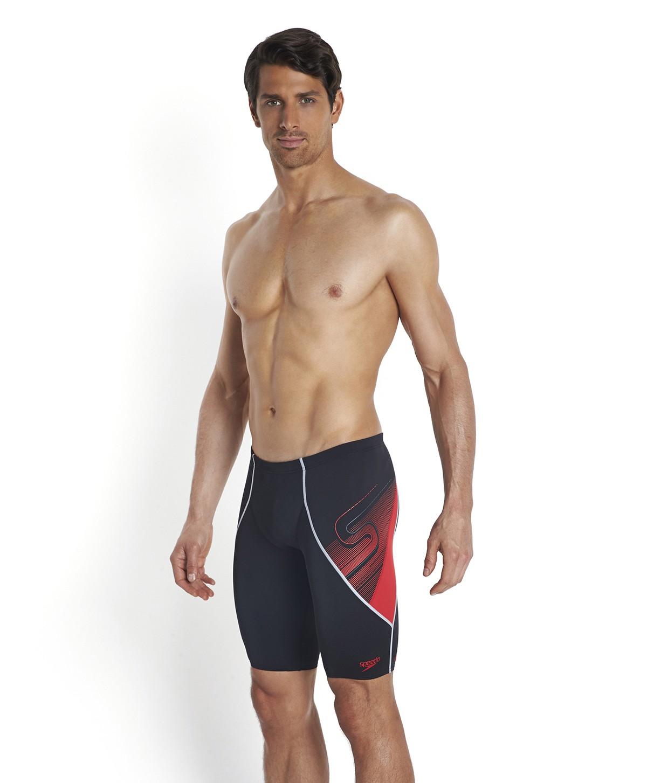 Costume Aquarapid da piscina e nuoto short bimbo, realizzato con tessuto VITA altamente resistente al cloro grazie all'innovativa costruzione.
