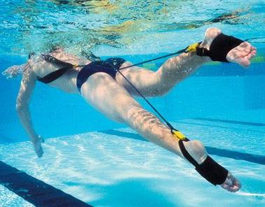 Kick trainer per l'allenamento delle gambe